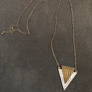 Long necklace with rhinestone detail